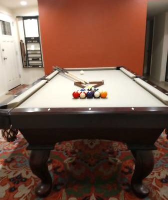 Connelly 7-Foot Pool Table - Top Quality